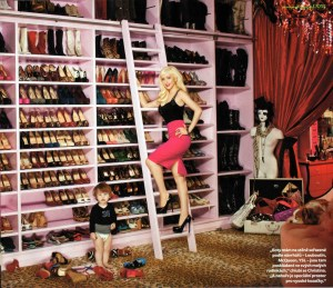 blog enterychristina_aguilera_shoe_collection